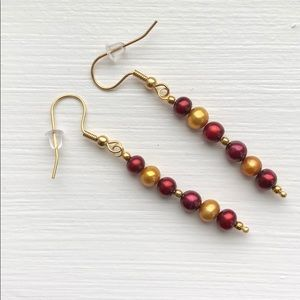 Maroon/gold Pearls gold plated earrings